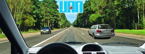 Управляя каким автомобилем, Вы можете опередить легковой автомобиль?